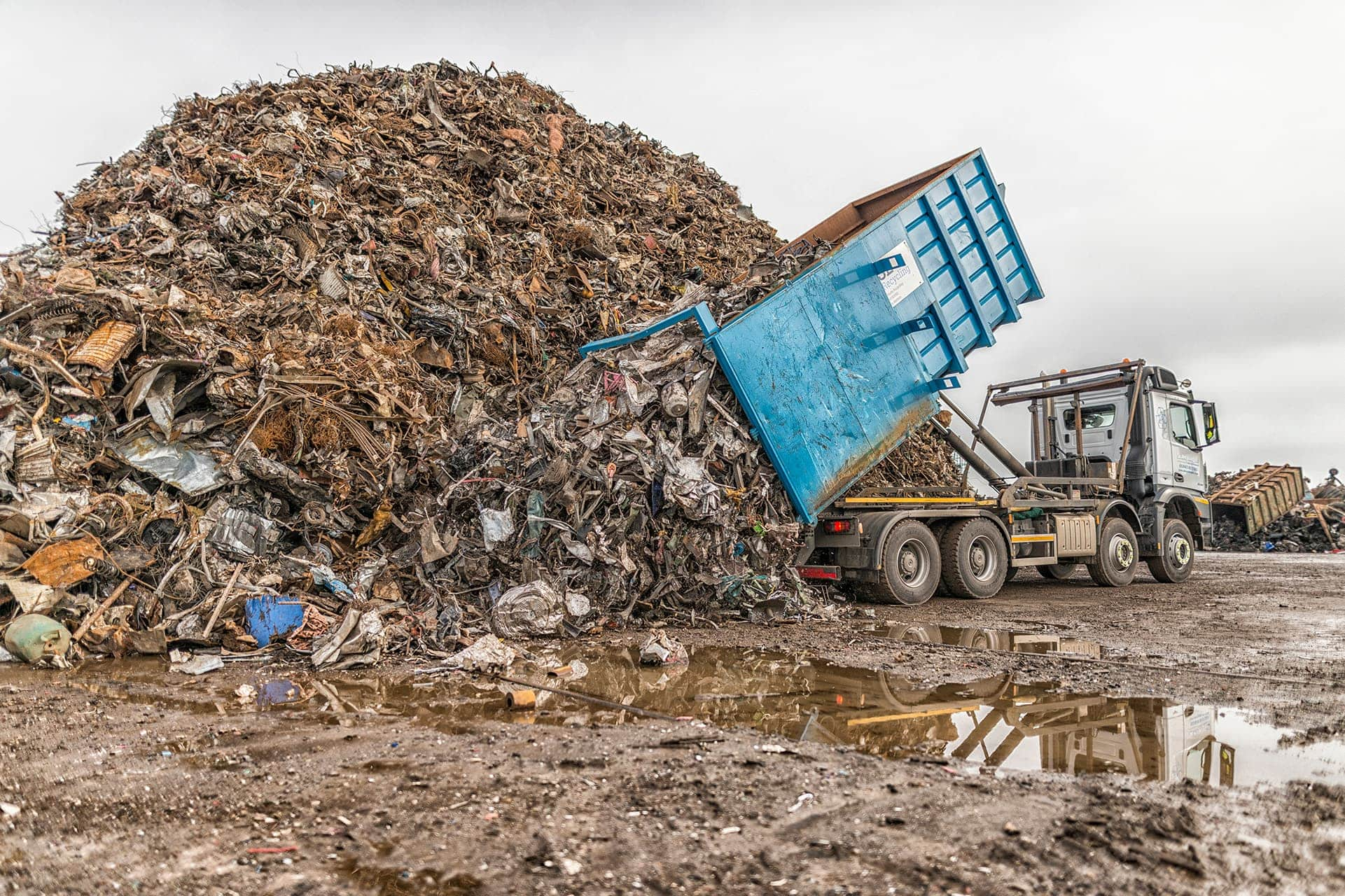 Advantages of Recycling Metal – Why is it Important to Recycle Metal? - SL  Recycling